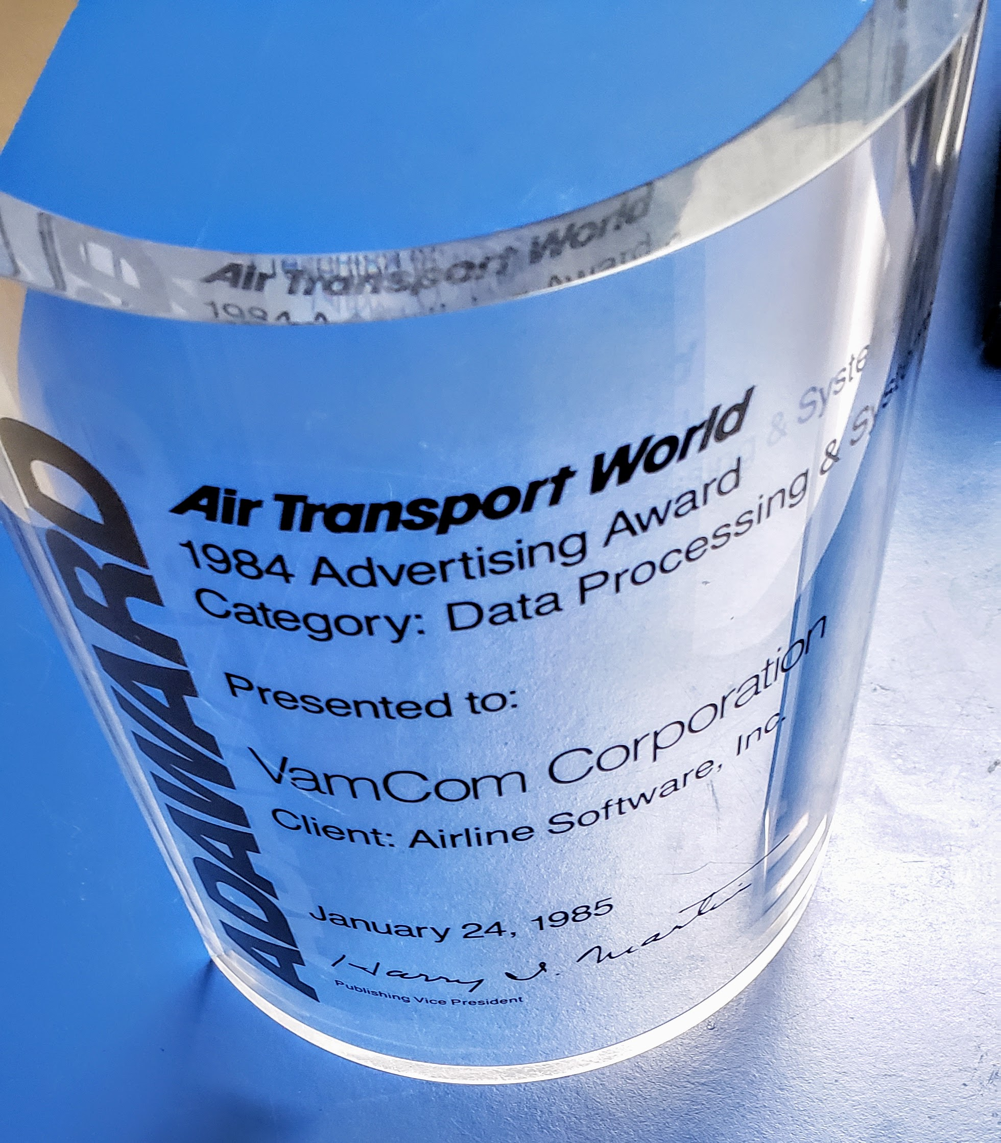 1984_airline software_air transport world